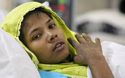 http://www.thestar.com/content/dam/thestar/news/world/2013/05/13/bangladesh_factory_collapse_seamstress_who_survived_17_days_in_rubble_i_never_thought_of_coming_back_alive/reshma_begum.jpg