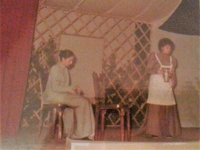 Otro momento de la representación de Doña Rosita la soltera del 14 de mayo de 1982