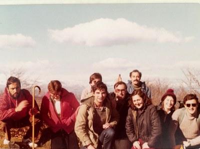 Grup de professors a una excursió al Puigsacalm l'any 1979