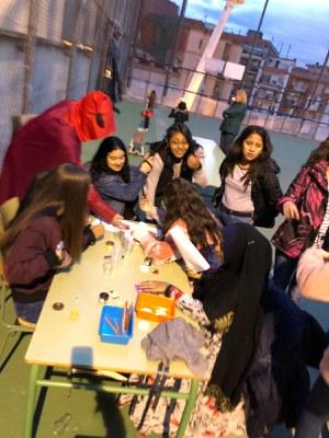 Taller de pintacares a l'escola Serra de Marina